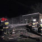 Groźny pożar przy punkcie wymiany butli gazowych