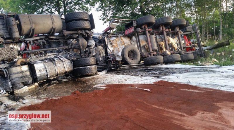 Wypadek na DK 12 w Poniatowie. Siedem osób rannych.