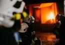 Strażacy ćwiczyli gaszenie pożarów wewnętrznych