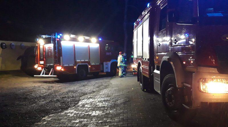 Włodzimierzów:mieszkaniec zauważył ogień na jednej z posesji